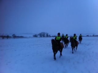 Riding out in the snow at Neardown
